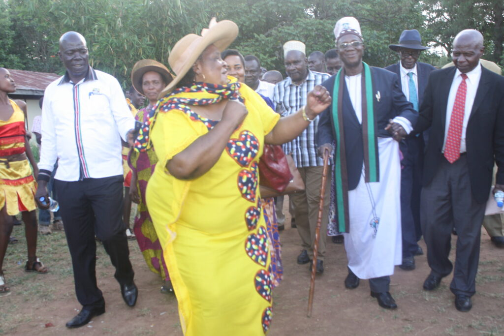Excitement-as-Umukuuka-II-arives-in-Bungoma-for-a-General-Assembly